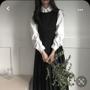 Black chiffon midi pleated dress